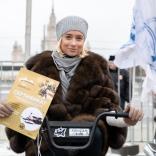 Счастливая обладательница мотобуксировщика от партнера ФССР - Завода им. Дегтярева