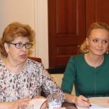 Тренер молодежной команды В.Д. Бардина, генеральный секретарь А.В. Андреева