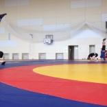 Тренировки в гимнастическом зале