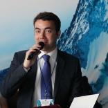 Дмитрий Дерунец - модератор стратегической сессии